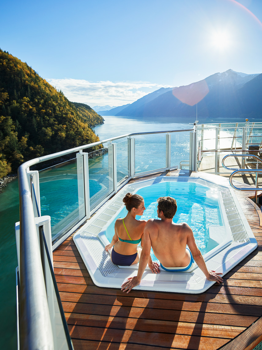 Kevin Steele - a young couple in the jacuzzi on a cruise ship
